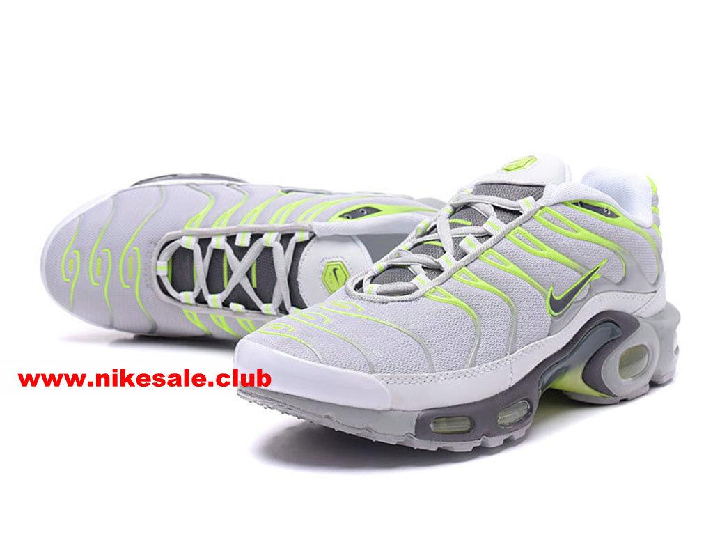 Chaussures De Running Nike Air Max PlusNike TN Requin 2017 Prix Pas Cher Pour Homme GrisVertBlanc 1704140967 Les Nike Magasins Discount